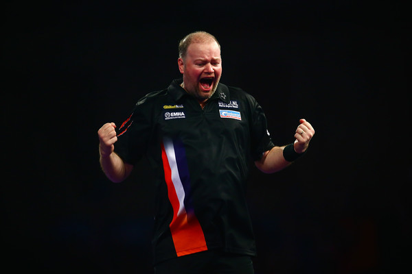 2016+William+Hill+PDC+World+Darts+Championships+PYbNC4oVBUQl