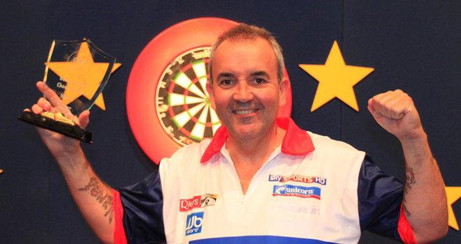 Phil-Taylor-German-Darts-Championship-Trophy-_2785646