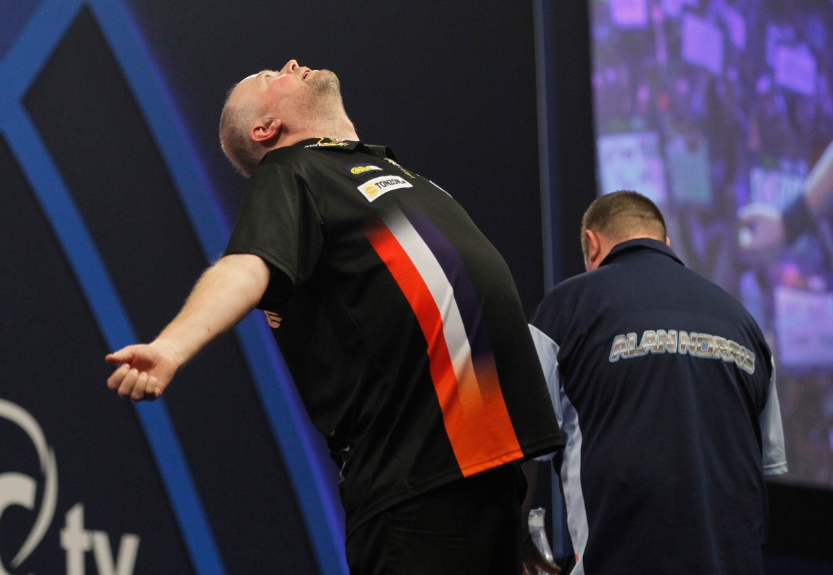 Lockup Dave's Betting Column: Barney to get the better of Lewis in tasty third round clashtonight