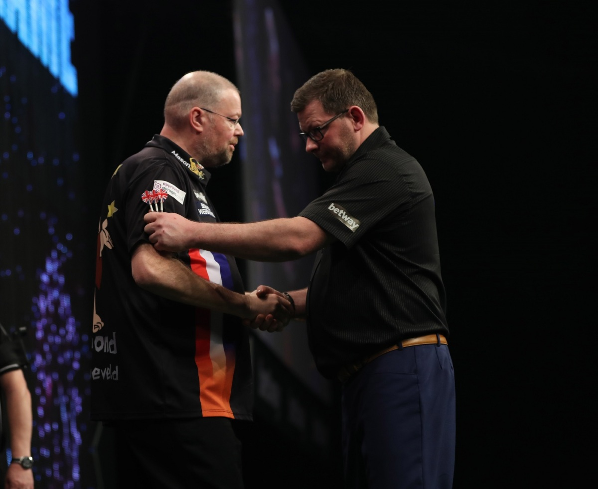 Raymond van Barneveld makes it four wins in a row as Premier League visits Cardiff