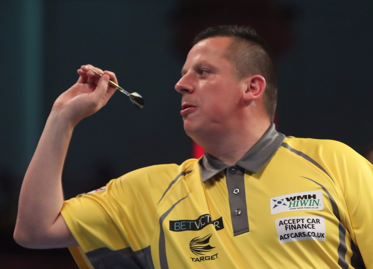 World Matchplay betting column, day five: Dave Chisnall and Michael van Gerwen to lead the 180 counttonight
