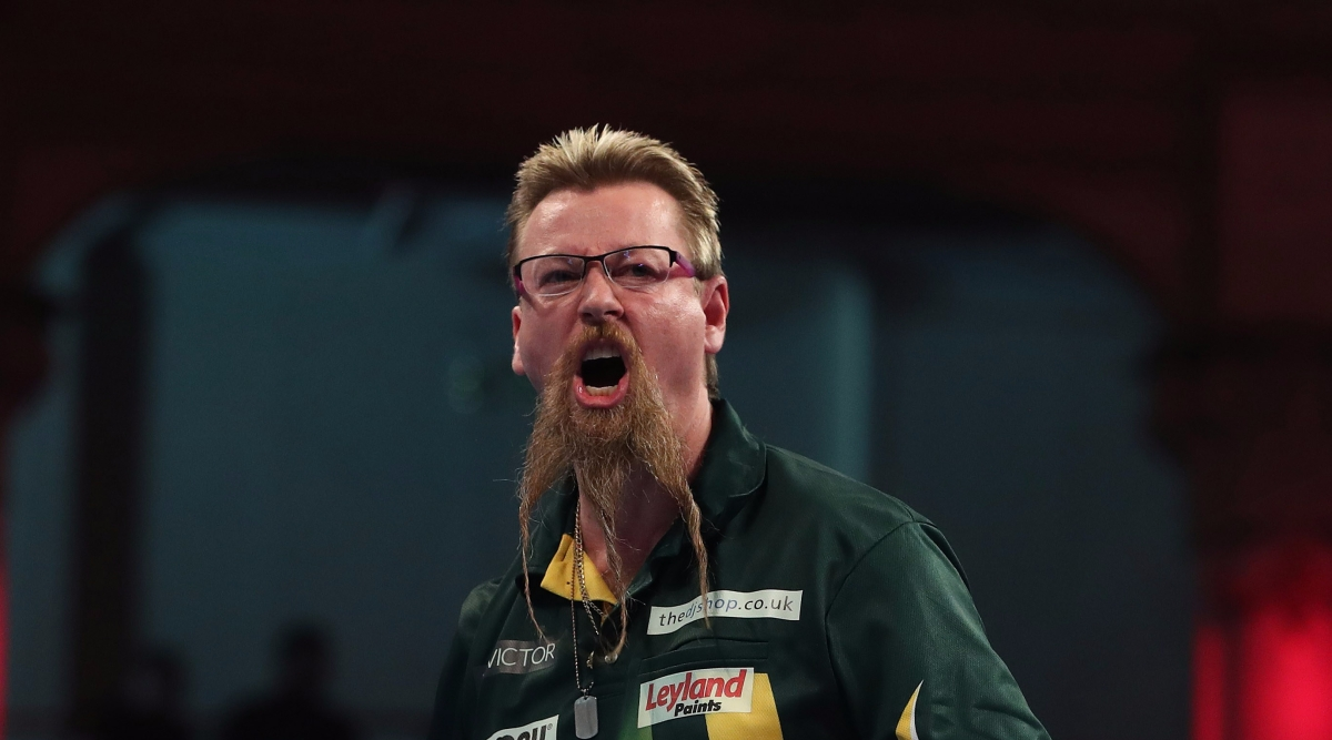 Simon Whitlock over injury problems as he beats Kyle Anderson 10-5 in the battle of the Australians at the World Matchplay
