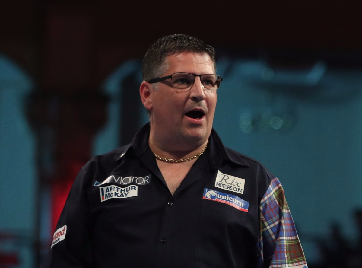 Gary Anderson overcomes Blackpool debutant Christian Kist 10-7 to get World Matchplay title bid up andrunning