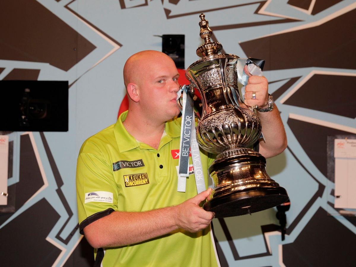 World Matchplay betting column, day three: Michael van Gerwen to be 'King of the Oche' in first outingtonight