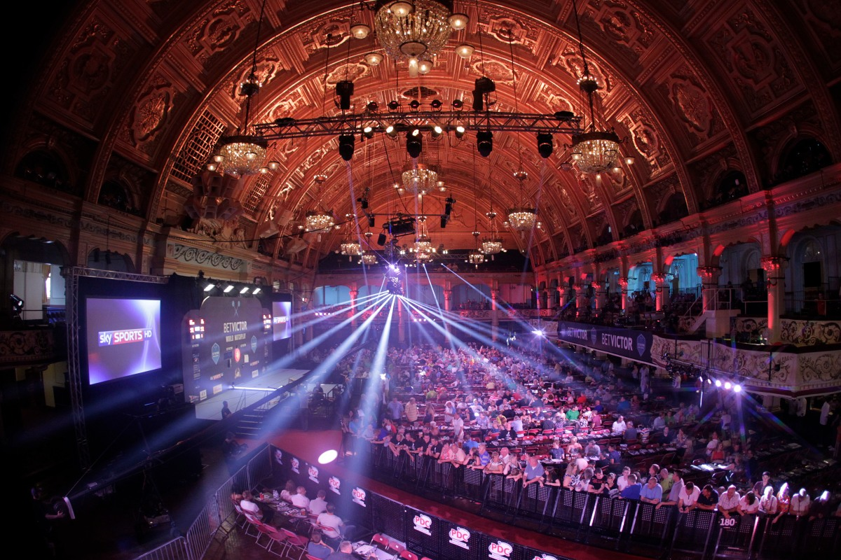 World Matchplay 2017: Darts experts make their predictions