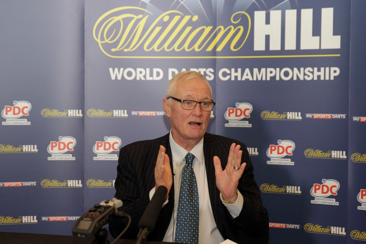 PDC chairman Barry Hearn believes Kyle Anderson's Auckland win has given darts in Australasia a massivepush