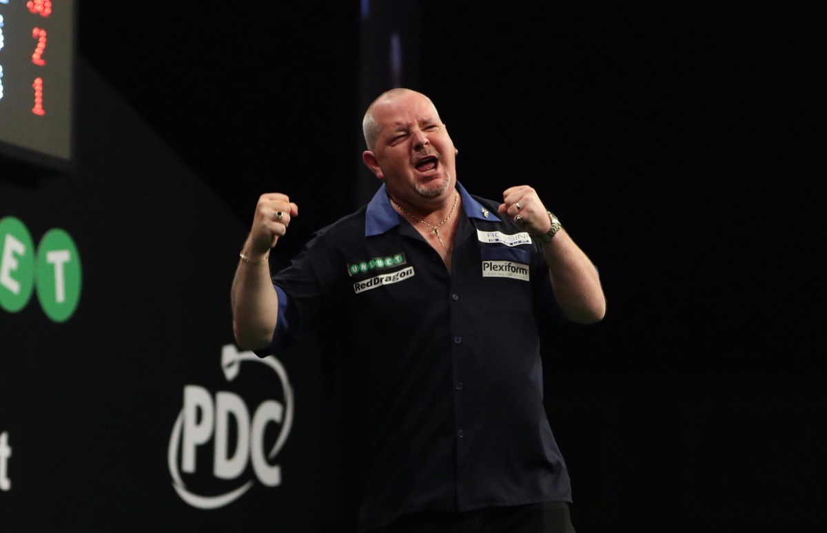 2015 champion Robert Thornton comes from behind to knock out Kim Huybrechts in World Grand Prixopener